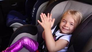 Istorie amuzanta despre o valiza pierduta cu jucarii | Funny story for kids Anabella Show