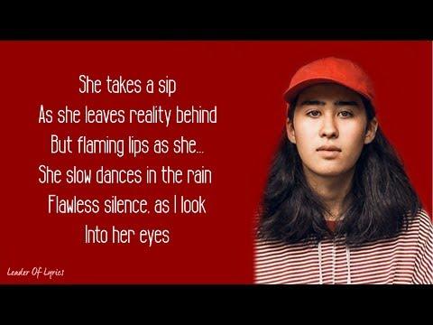 Soran - JULIA (Lyrics)