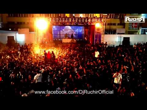 Ruchir Kulkarni Dj Ruchir At Dimensions 2014   Kelkar College Mumbai