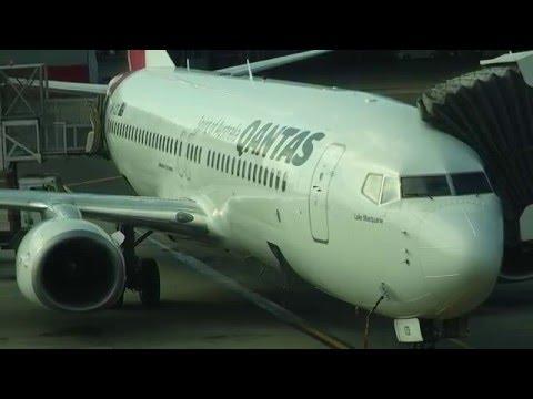 Qantas 737-838 Sydney to Adelaide