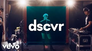 Femme - S.O.S - Vevo dscvr (Live)