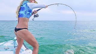 Florida Keys MONSTER Snapper Fishing in Shallow Water!