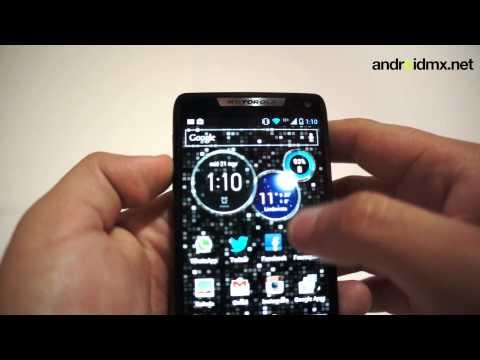 Review Motorola RAZR i XT890