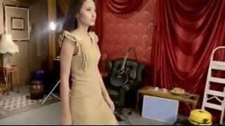 Tips Tutorial Cara Berjalan Model Catwalk Fashion Show Juara