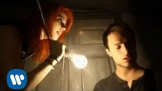 Скачать Paramore Ignorance OFFICIAL VIDEO