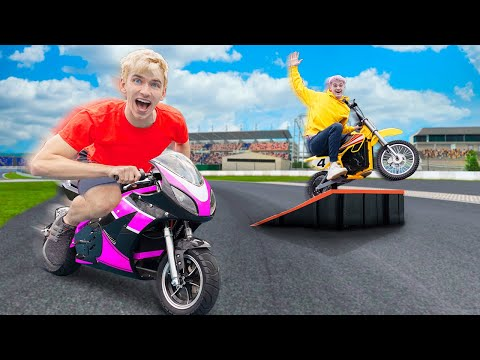 FASTEST ELECTRIC MOTORCYCLE WINS $10,000 BACKYARD CHALLENGE!! (Mystery Neighbor Note Found)
