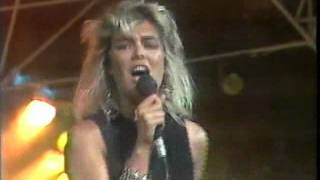 KIM WILDE...You keep me hanging on...tocata 1986.TVE
