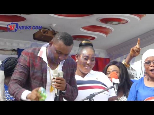 WONTUMI TEASES NDC, MAHAMA WITH HIS IRRITATING DANCING MOVES