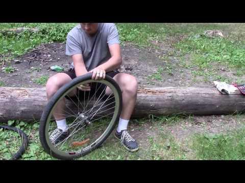 Как поменять любую велосипедную покрышку без монтажек