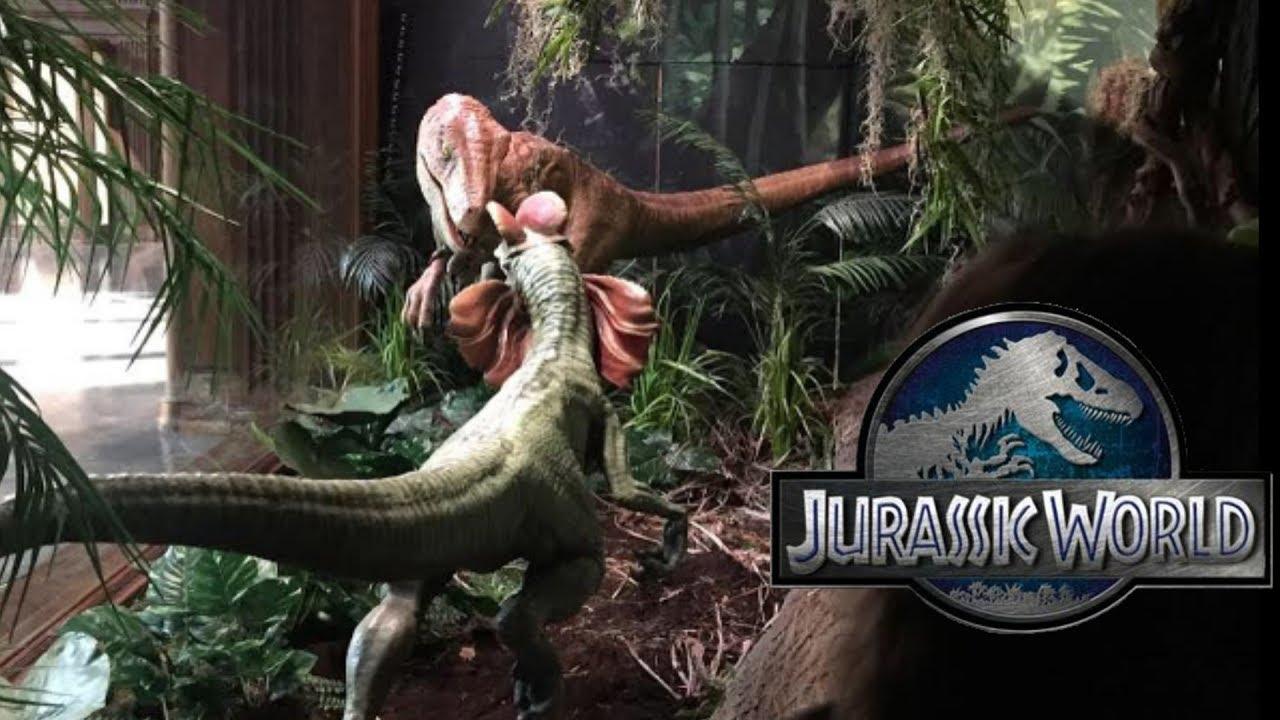 Jurassic World Fallen Kingdom Velociraptor Vs