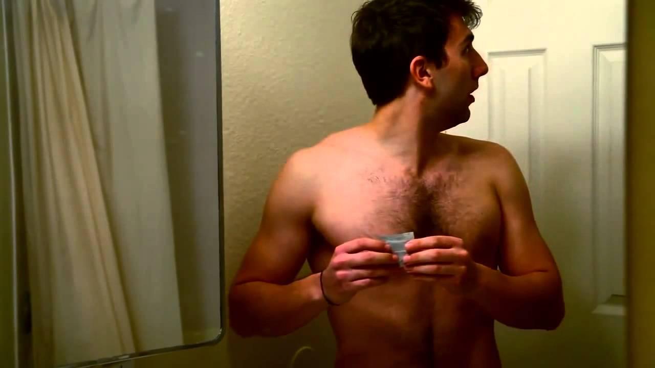 Видео як натягати презерватив на член
