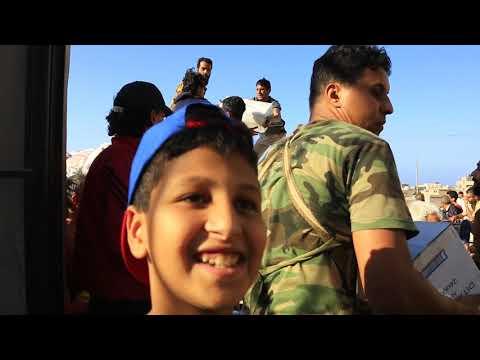 قافلة اغاثة من #القيادة العامة للقوات المسلحة تصل الي درنة
