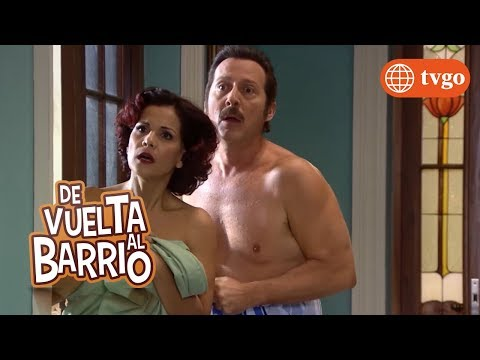 ¡Alex encuentra a Malena y Pichón en un momento íntimo! - De Vuelta al Barrio 07/08/2018