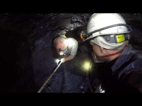Спасение горняков шахты
