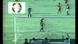 Clássico em que o Vila vira o jogo e faz 5 a 3 no Goiás