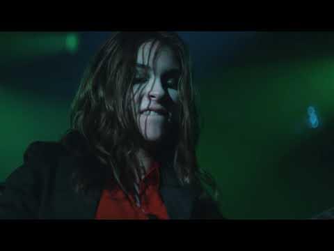 The Warning - Queen Of The Murder Scene