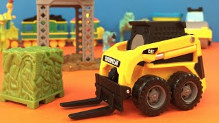 CAT Mini Construction set Mighty Machines with Caterpillar Crane and PlayDoh Loads