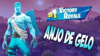 FORTNITE I PLAYED WITH THE SKIN OF THE FROZEN ANGEL AND HELPED A MANITO WIN THE MATCH-HAPPY 2019