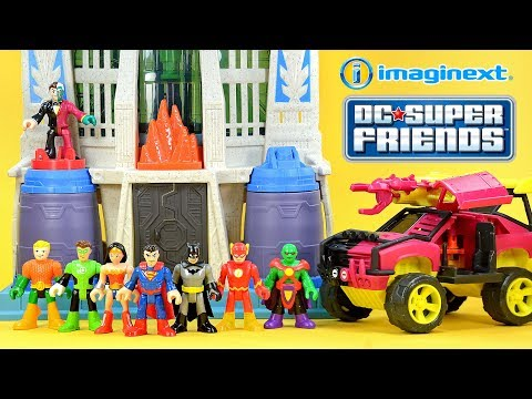 Imaginext DC Super Friends Hall of Justice w/ Batman & Superman Streets of Gotham Two-Face & SUV