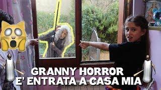 GRANNY HORROR E' ENTRATA A CASA MIA - by Charlotte M.