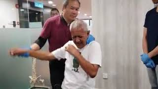 Download He Came All The Way From 🇦🇺 Melbourne And He Has (Frozen Shoulder) Tit Tar Treatment In Mid Valley Mp3 and Videos