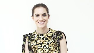 Allison Williams Loves Grace Kelly, Being Comfortable on the Red Carpet