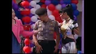 Hot Julia Perez dengan Saeful Bahri di acara dahsyat RCTI.FLV