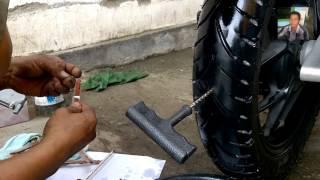 Cara Menambal Ban Tubeless Dengan Benar - Praktek Menambal Ban Motor