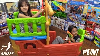 Family Fun Playtime Channel: A Pirate Ship Playset Crazy Playtime with Hulyan & Maya!