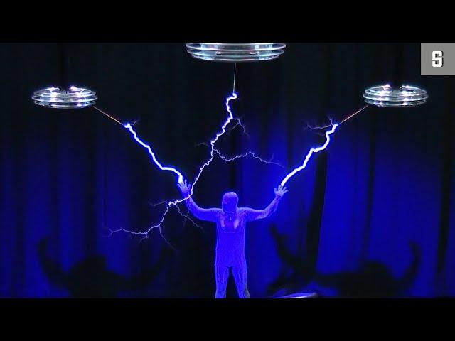 Selbstversuch mit 1,2 Millionen Volt: Herr über die Blitze