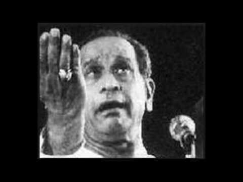 Pt Bhimsen Joshi-Raag Megh Malhar-garaje ghata ghana kare ri karee