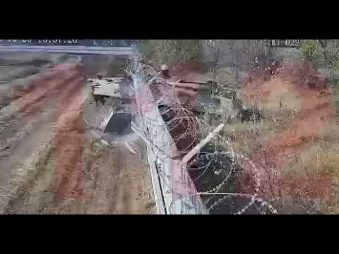 Drunk crew of Russian Army BMP-3 IFV punched through the wall and invade into the airport