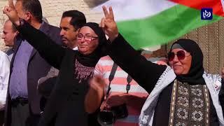 الاحتلال يغلق مقرات شركات إعلامية فلسطينية في مختلف مدن الضفة الغربية - (18-10-2017)