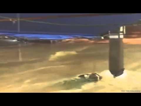 !! FLASH FLOOD CHAOS IN THAILAND PATTAYA น้ำท่วม- September 2015 End Times