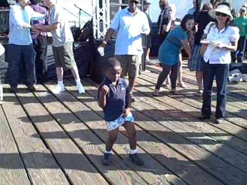 Little Boy steals the show at Santa Monica Food Festival 09