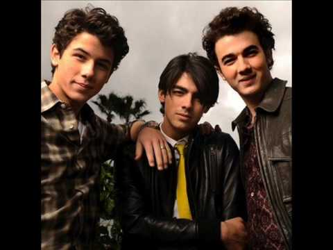 Jonas Brothers  -  Pizza Girl (LYRICS ON DESCRIPTION)