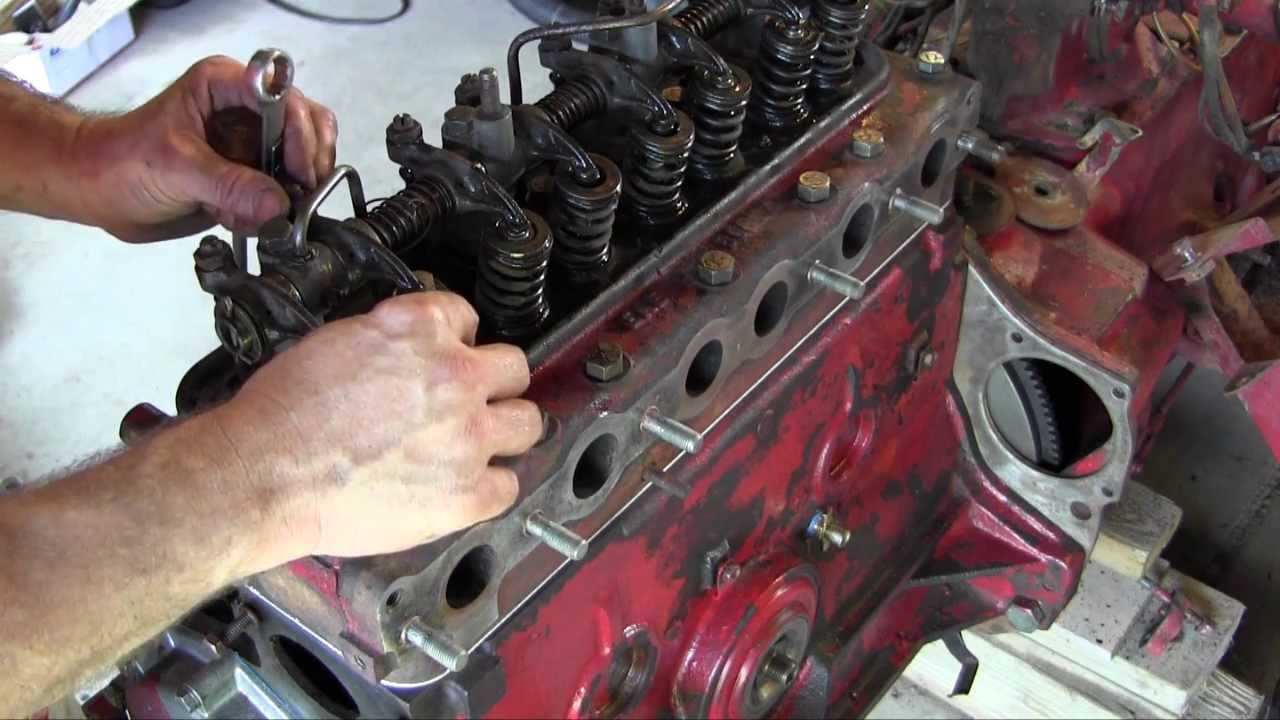Ford Jubilee NAA Tractor Engine Rebuild Part 13 Governor   again, Cylinder  Head and Valve Adjustment