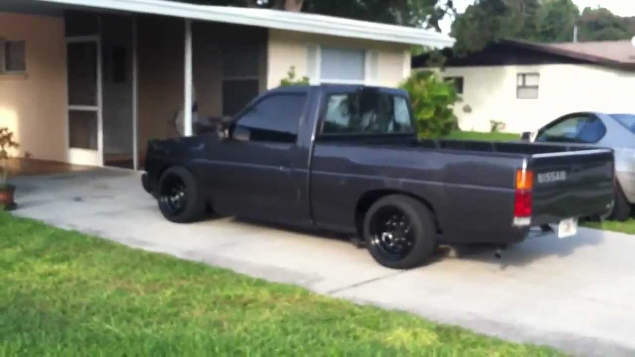 small resolution of black nissan hardbody