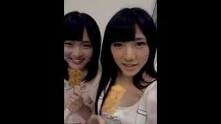 AKB4814期研究生の岡田奈々とチームBの大森美優がイカのお菓子を食べます.