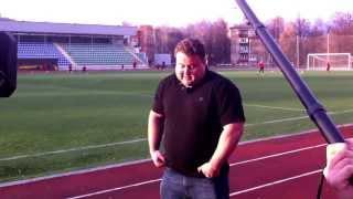 Стронгмен Александр Ивашкин осваивает санный спорт.