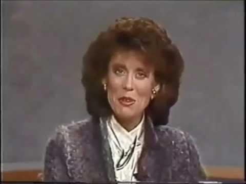 Carolina Circle Mall Shown on WFMY: 11/16/1989