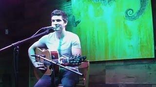 """Fire Burnin"" LIVE in Chicago - Ross David"