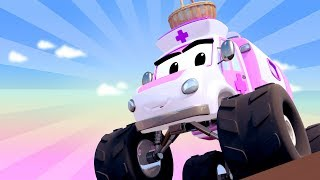Monster Town - MIranda the Monster AMBULANCE Wants to Cheer Mia up! | Monster Trucks Street Vehciles
