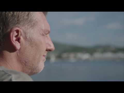 Ramon Roelofs in gesprek met Michael Pilarczyk op Ibiza