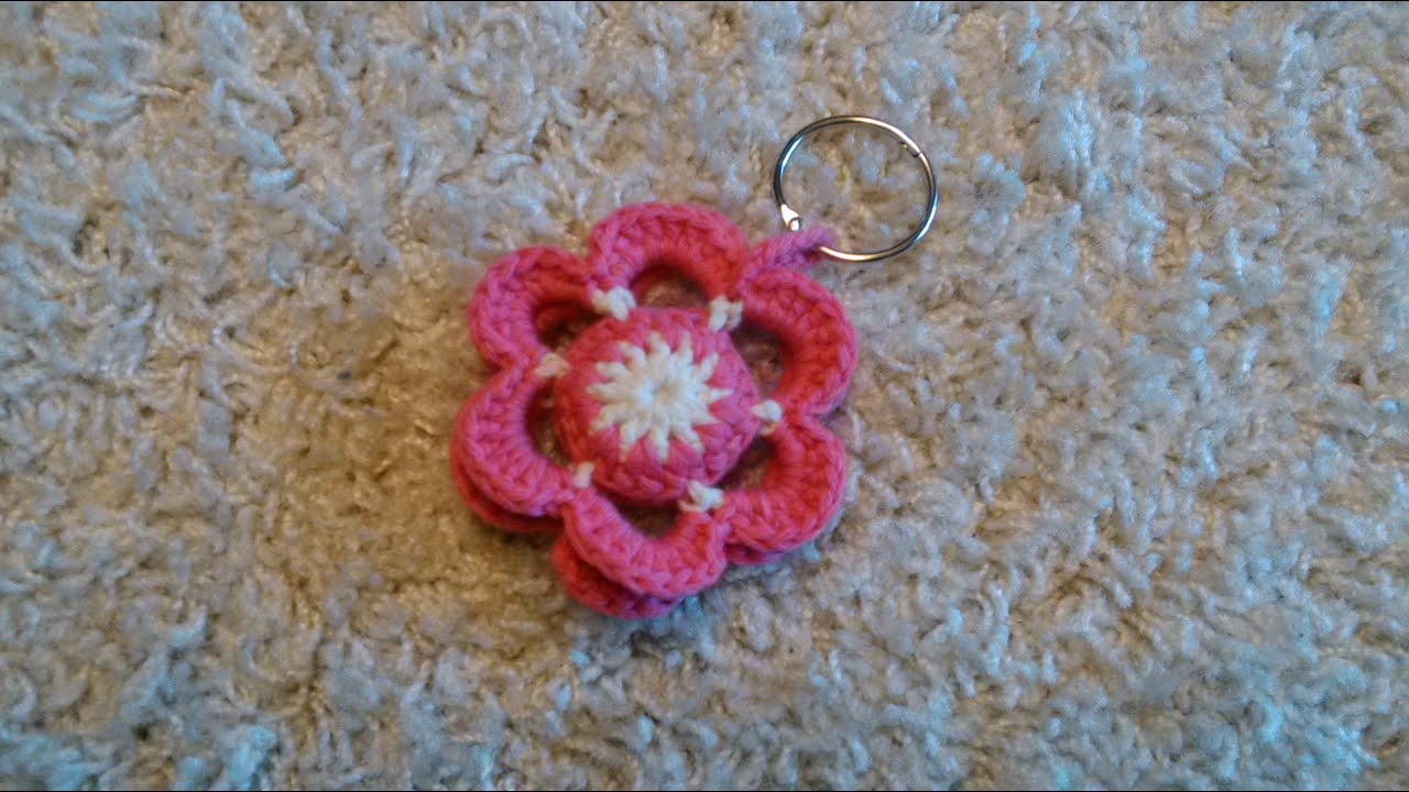 Fiori Uncinetto.Portachiavi Fiore All Uncinetto Crochet Flower Keychain Youtube