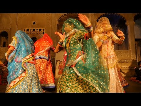 Hot Indian Rajasthani folk Dance Show.Most famous attraction of Udaipur.Bagore ki haveli,Dharohar