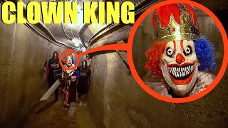 عندما تهرب من زنزانة الملك المهرج ، اهرب بأسرع ما يمكن! (كان الملك المهرج مجنونًا جدًا)
