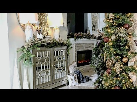 NEW! Christmas Entryway Tour & Decor Ideas