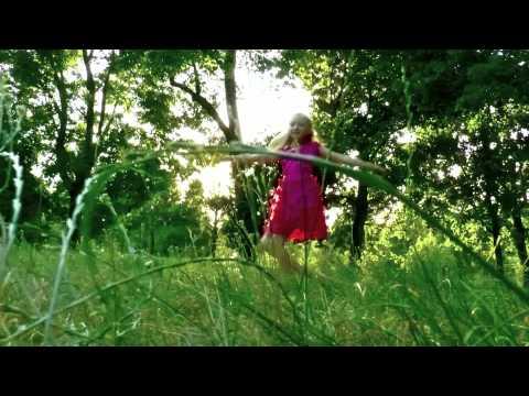 Cмотреть Музыкальный клип подарок бабушке от внучки.(full hd)