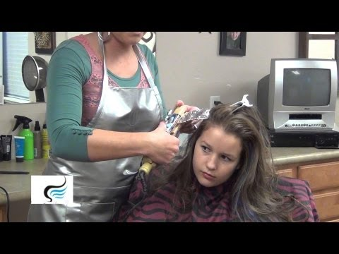 (How To Put A Color Stripe In Your Hair) Placing Color Streak In Hairstyles